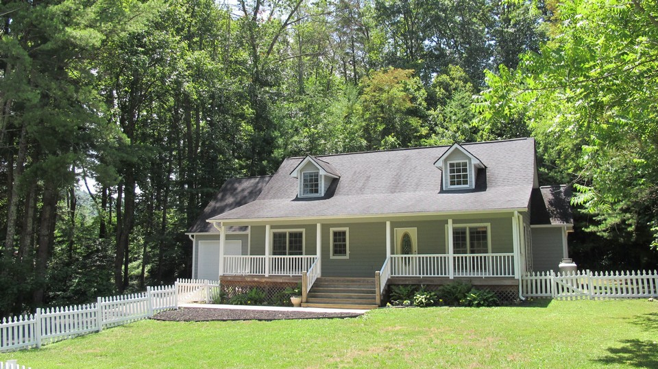 12 Pinecroft Road Asheville Nc Asheville North Carolina Real Estate Property Listing